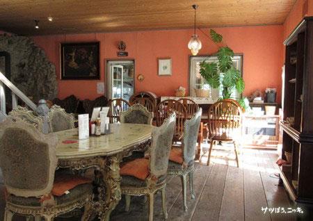 カフェ&レストラン ヴィーニュ