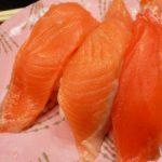 回転寿司根室花まるの利き鮭セット